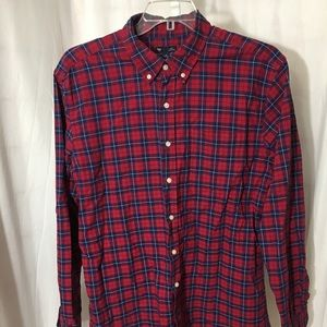 #371–  Gap mens plaid slim fit shirt size XL